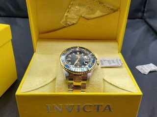 Invicta Grand Diver Men s Watch MSRP  1 195  New in box