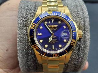 Invicta Men s 8937A  Pro Diver  18k Gold Ion Plated Watch