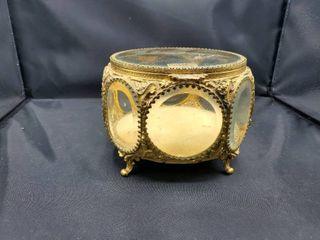 24 Karat Gold Plated Jewelry Box   Approx  5 T x 6 5  W x 6 5  D
