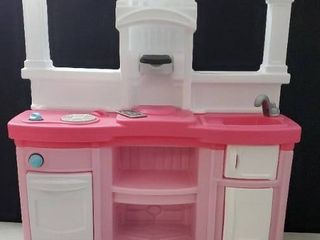 Step 2 play kitchen Pink and white 42 in  height x 3ft width