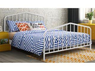 The Novogratz Modern Farmhouse Bushwick Metal Bed  White  Queen