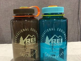 32 oz WM REI Water Bottle 2 Pack