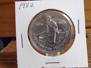 1982 AMERICAN PROSPECTOR 1 TROY OUNCE  999 SIlVER
