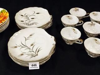 lefton Snack Sets  8  Sunflower Plates  8