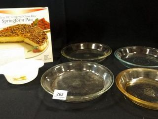 Pyrex Pie Plates  4  Fire King Bowl