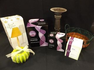 Scentsy  3  Candle  Holders  Basket