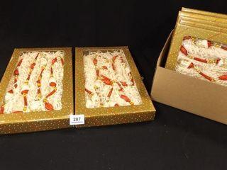 Santa Garland  Dillard s   7 boxes