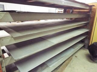 Heavy Duty Metal shelving   Assorted Galvanized