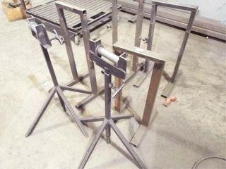 6 ea  adjustable stands 2 w  rollers