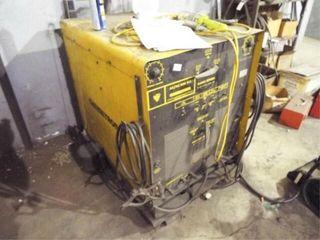 Chemetron AC DC 300 HF ARC WElDER