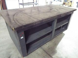 Rolling wood workbench with carpet top