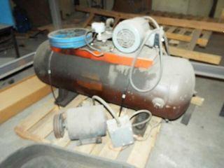 Un assembled 100 Gal Air Compressor