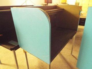 Computer  metal table