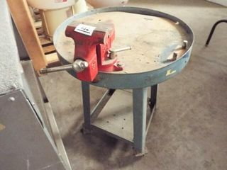 1 Round Cart with 3  vise on rollers   Metal Shelf