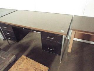 2 Desk Metal