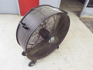 1 Floor Fan