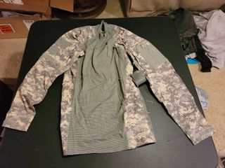 Army Combat shirt size small