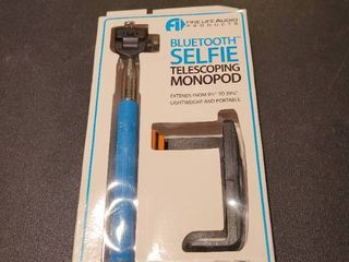 Bluetooth cell phone monopod