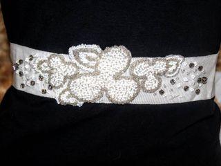 lesACCESSORIES Barcelona Bridal Belt Size 00 measures 132  long