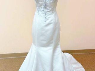 Jasmine Size 10 Bridal Gown