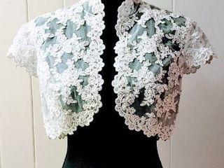 Size 8 White lace with Cap Sleeves Bridal Wedding Jacket Bolero