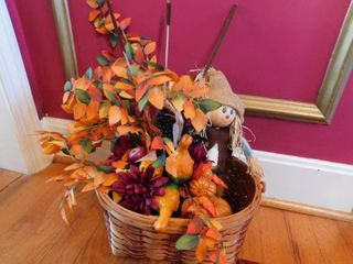 Thanksgiving Fall Floral Table Decoration with Basket