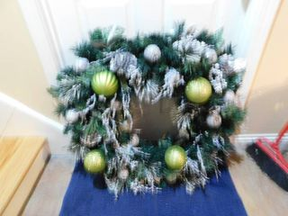 Christmas Wreath  Silver   Green Approx  38