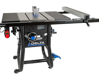 Delta Contractor Saws 10in Carbide tipped Blade Table Saw