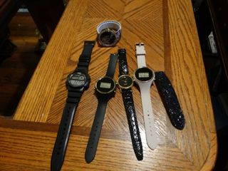 lot of 5 Various Watches
