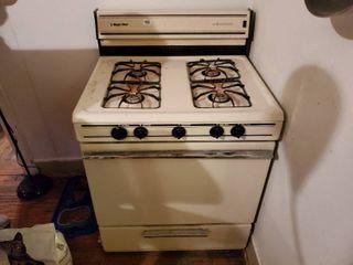 Magic Chef Gas Range Stove