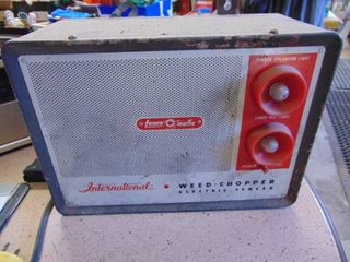 Internatinal Fence O Matic Fence Charger   unknown condition