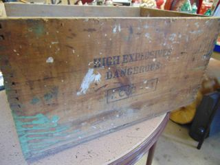 Dupont Explosives Crate