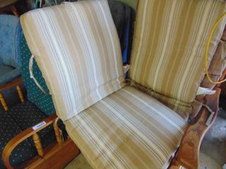 2 lawn Chair Pads   New