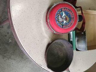 Marlboro Canteen with Cast Iron Pan