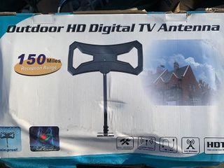 New in box digital antenna