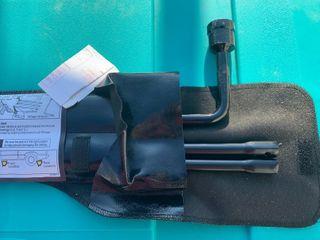 Automotive jack tool kit new