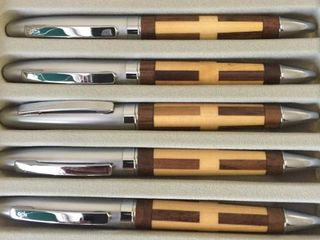 20 decorative pens with wooden inlay