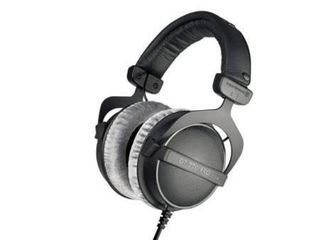 Beyerdynamic DT 770 PRO 80 Ohm Over Ear Studio Headphones  Black  Retail 152 99