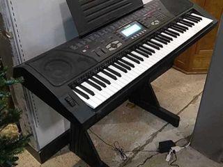 Casio WK 1300 Electronic Keyboard