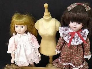 3  large Dolls  Form    Doll Accessories