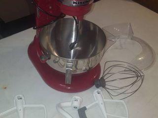KitchenAid Mixer   Includes Ice Cream Maker Attachment