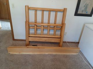Twin Size log Bed  Missing 1 Nut