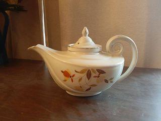 Halls Jewel T Tea Pot