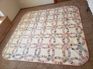 Quilt 85 in  x 72 in
