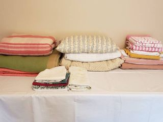 Blankets  Sheets and Pillowcases
