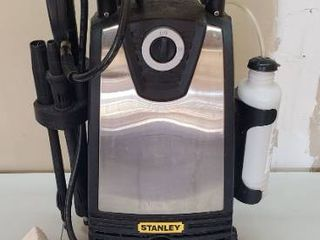 Stanley Electric Pressure Washer   Powers on   Works   fairly new w Accessories   31 in  tall