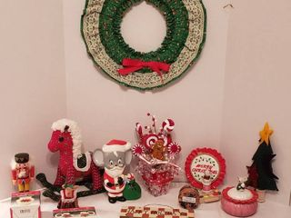 Christmas Decorations   Gingerbread Men  Mice  Nutcracker  Horse and Wreath