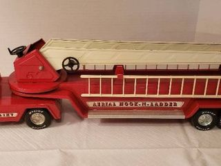 Very Good Condition Vintage Nylint Arial Hook N ladder Metal Fire Truck with Working ladder  Wheels Roll Freely