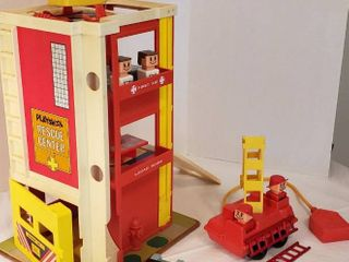 Playskool Rescue Center w Vehicles  Furniture and People
