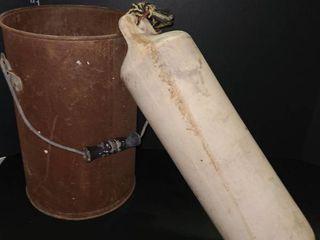 Metal creamer bucket with Bouy